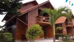 Aconchegante Casa em Gravatá - 05 Quartos - 03 Suítes