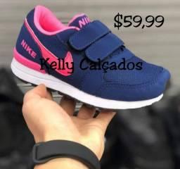Tênis Nike Marinho Pink