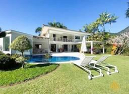 Título do anúncio: Casa à venda 4 suítes, vista para o Lago e Pico do Frade - Frade Green - Angra dos Reis/RJ
