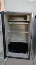 Título do anúncio: frigobar  120 litros consul 110 v  de 590 por. 460