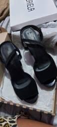 Sapato semi novo 50 reais