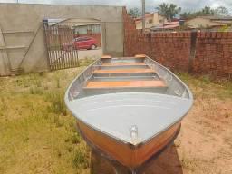Título do anúncio: Bote semi-novo 6000 m de tamanho largura 90 cm