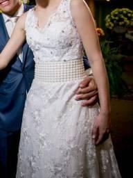 Vestido de noiva branco com renda