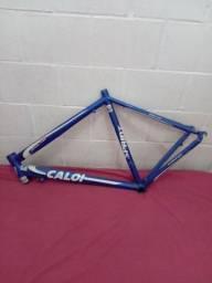 Título do anúncio:  Vendo quadro de bicicleta caloi esprint 10 ZAP *