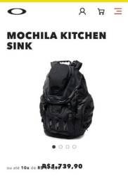 Mochila Oakley kitchen sink ( preta )