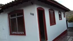 Alugo casa na Vila Ivan Matos na entrada do bairro João Paulo.