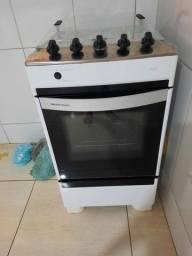Vendo fogão com Registro 400 reais