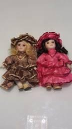 Título do anúncio: Bonecas de Porcelana novas!