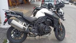 Moto Triumph Tiger Explorer 1200