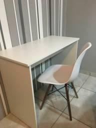 Título do anúncio: Mesa para estudo com cadeira