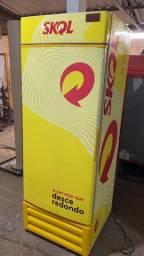 Geladeira Freezer Cervejeira Porta Cega Skol 570 litros