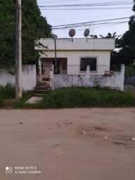 Casa a venda em rua pública em Tanguá