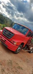 Título do anúncio: Caminhão Atron 2324