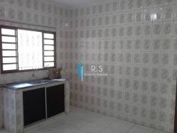 Casa com 2 dormitórios para alugar, 80 m² por R$ 1.500/mês - Santo Antônio - Louveira/SP