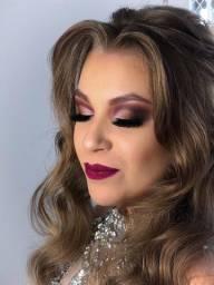 Título do anúncio: Maquiagem com Cílios
