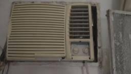 Título do anúncio: Ar condicionado Springer Carrier