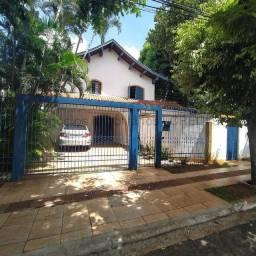 Título do anúncio: Sobrado à venda, 2 quartos, 2 suítes, 2 vagas, Jardim dos Estados - Campo Grande/MS