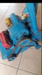 Máquina de raspar pisos