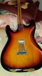 Guitarra squier affinit relicada
