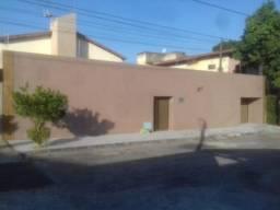 Duplex no Lago Jacarey, 9 Quartos, 7 Suítes, DCE, Piscina, Terreno 18 X 30, Rua Privativa