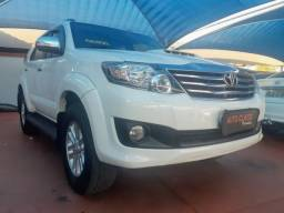 Toyota hilux sw4 2015 3.0 srv 4x4 7 lugares 16v turbo intercooler diesel 4p automÁtico - 2015
