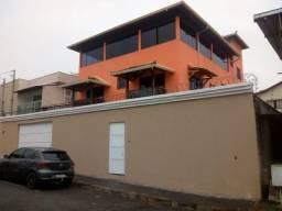 Casa de 04 quartos com suite no bairro Heliópolis.
