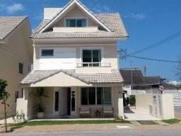 Maravilhosa Casa Triplex 04 qts+piscina+churrasqueira+armários cond. total infra Recreio