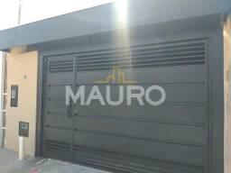 Casa com 2 dormitórios à venda por R$ 180.000 - Cesar De Almeida - Marilia/SP