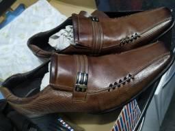 Sapato de couro Rafarillo
