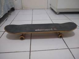 Skate Semi novo tudo original