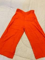 Calça pantacourt laranja Tam M