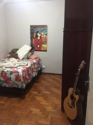 Ofereço vaga em Apartamento no Centro de Sete Lagoas