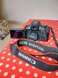 Câmera fotográfica T3i funcionando perfeitamente