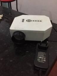Mini projetor baratooo