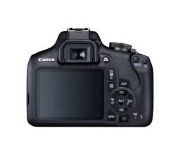 Canon EOS Rebel T7+Flash Yongnuo 565EX II+Lentr 18-55