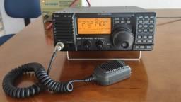 Rádio Icom IC-178