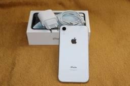 Título do anúncio: iPhone XR 128GB - branco