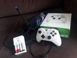 Título do anúncio: Controle Xbox one s + Headset + Pilhas recarregáveis