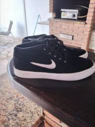 Tênis Nike SB Janoski MID RM