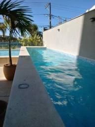 Vendo apartamento alto padrão com piscina e jardim próprio. Financia