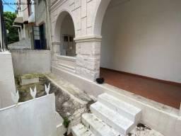 Título do anúncio: Vendo Casa nos Barris c/ 240m², 2 Andares, Escadas, 2 Varandas, 2 Salas, 10 Quartos, 8 Ban