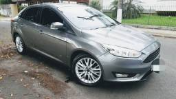 Ford Focus SE sedan 2017 completo impecável