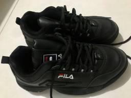 Tênis preto infantil tamanho 36