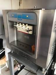 Máquina de sorvete Taylor modelo 162