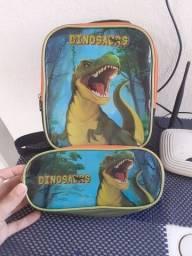 Vendo lancheira e estojo do dinossauro