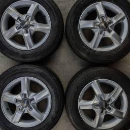 Rodas aro 15(Celta/Palio)+4 pneus estado de zero!(2.250$ até 10x sem juros no cartão)