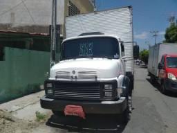 Título do anúncio: Mercedes 1518 6x2 reduzido no Baú