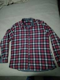 Camisa xadrez vermelha