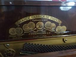 Título do anúncio: Piano Essenfelder
