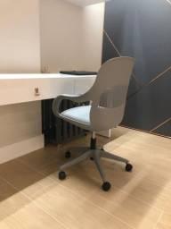 Cadeira Cinza / Escritório